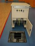 人工呼吸器接続用ハブ